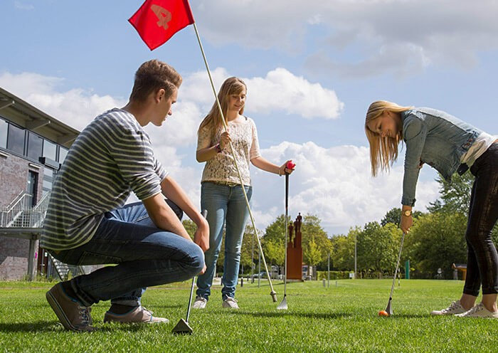 Neun Löcher SwinGolf ENNI